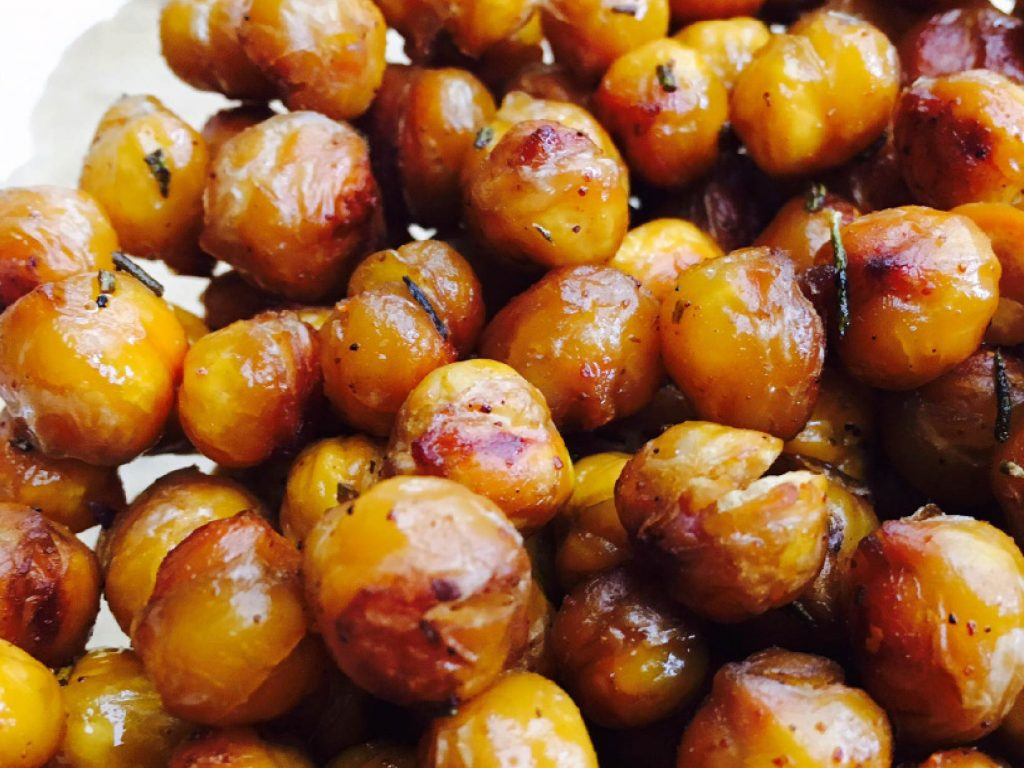 Roasted Chickpeas_Nourished Body and Mind_Joanne Schneider